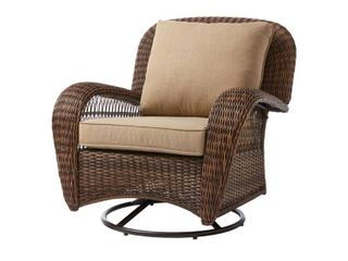 Hampton Bay Beacon Park Wicker Outdoor Swivel Lounge Chair FRS80812CRS