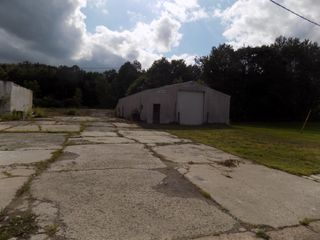 Absolute Real Estate Auction - Shop Bldg. On 17 Ac
