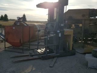 Caterpillar Electric Forklift No Batteries AS-IS