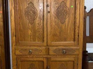 Oak Cupboard: 39
