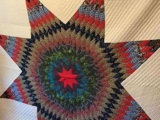 lone Star Pattern Hand Quilt  84 x 90