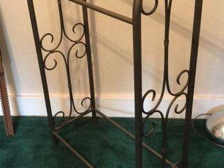 Metal Frame Quilt Rack  23 x 36