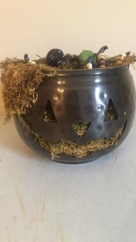 Decorative Halloween Bucket