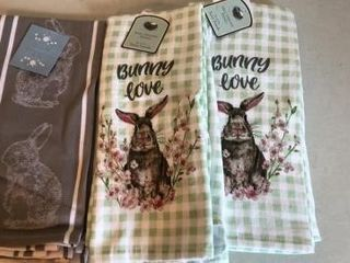 (3) Packs of Easter Kitchen Towels.