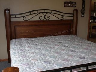 King Sized Bed with Oak Dresser