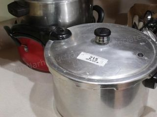 Pots & pans includes pressure cooker