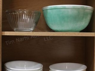 Corelle dishes & pyrex bowl