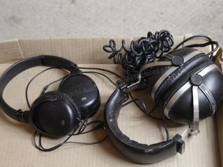 Vintage Pioneer headphones & other headphones
