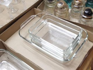 4pcs. Pyrex baking dishes