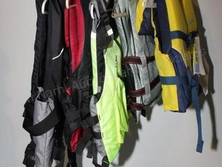 Personal flotation vests (youth sizes to Adult XL)