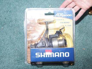 Shimano AX2000 Reel