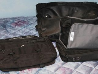 Shoulder bags & laptop cases