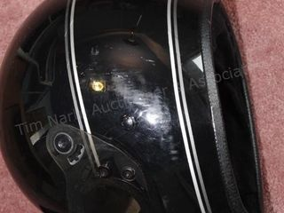 black motorcycle helmet 7 5/8 size