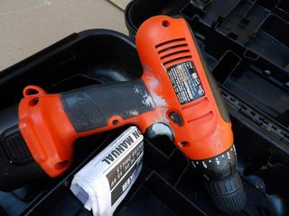 "Black & Decker ""firestorm"" 8.4v drill (no charger)"