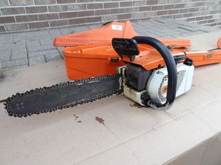 Stihl 031AV chain saw - runs good