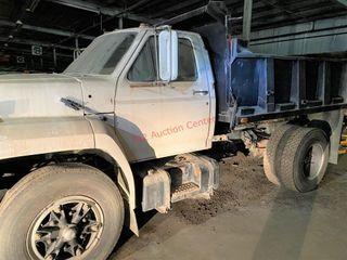 1984 Ford F7M DUMP TRUCK