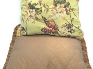 "(2) Throw Pillows 17"" x 17"" and 20"" x 20"""