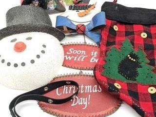 Metal Holiday Door Hanger, Snowman Mask, Sleigh