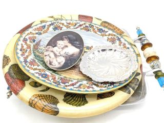 Serving Trays and Decorative Plates