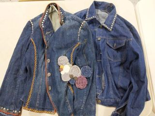 (2) Women's Jean Jacket Size M and L and Necklace