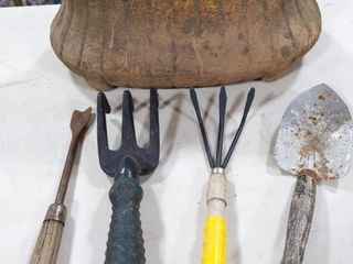Pot and Gardening Hand Tools