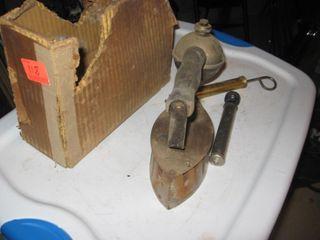 Coleman type iron