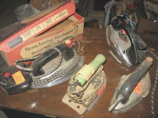 4 Collectible electric irons