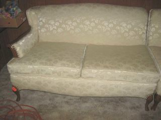 Victorian 2 sectional couch