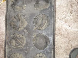 Cast iron Fruit mold