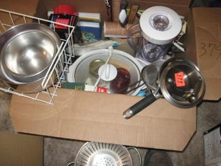 Nice box of kitchen ware