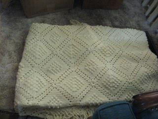 Yarn bedspread