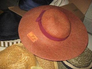 Collectible Women s hats
