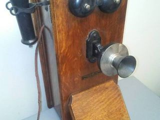 Antique Stromberg Carlson Telephone