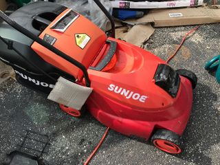 lightweight electric mower as pictured cordless