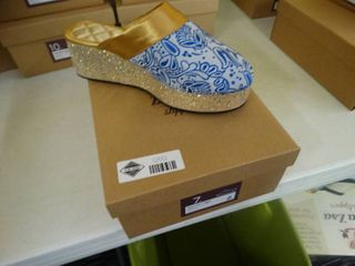 New pair ZsaZsa slippers  Blue White Win Steen slipper  size 7  New in box