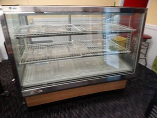 Federal lighted refrigerated display case  pie case
