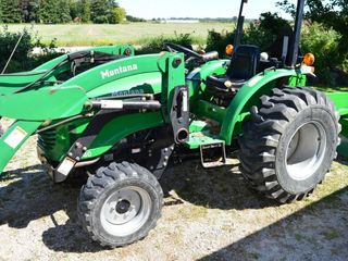Montana 2840 Compact Utility Tractor with Loader