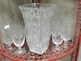 Crystal vase with set of 8 wine glasses