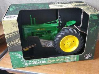 John Deere 1939 model B toy tractor