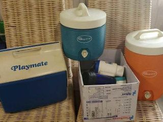 Playmate and Gott beverage coolers, travel mugs