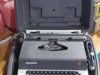 Olmpiette electric typewriter