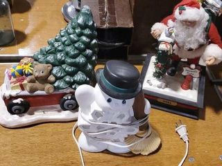 Christmas illuminated, battery operated decor (3)