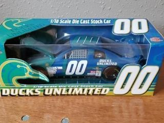 Racing Champions Ducks Unlimited toy stock car