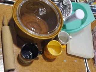 Kitchen collection, mugs, rolling pin, Tupperware