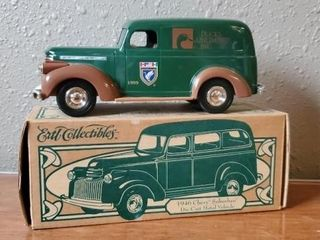 Ducks Unlimited toy 1946 Chevy Suburban