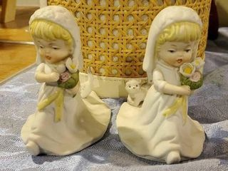 Porcelain bride figurines with basket