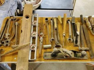 Assorted hand tools, planers, corn knives, saw