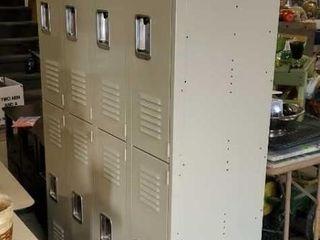 Lockers, one piece