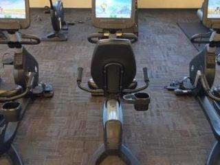 Life Fitness Lifecycle Recumbent Bike