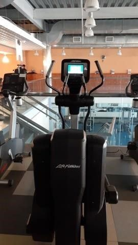 *Life Fitness 95XS Elliptical Cross-Trainer (note)